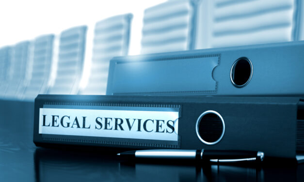 Which insurers offer legal support to businesses?